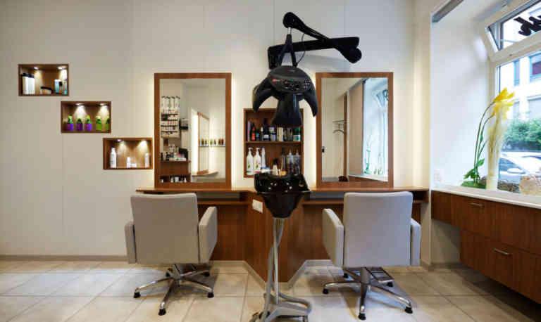 Cut and Brush | KMU Angebot Baselland, #corona