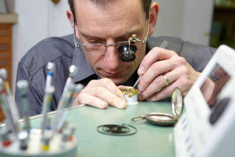 Louis Frey Uhren und Bijouterie AG | KMU Angebot Baselland, #corona
